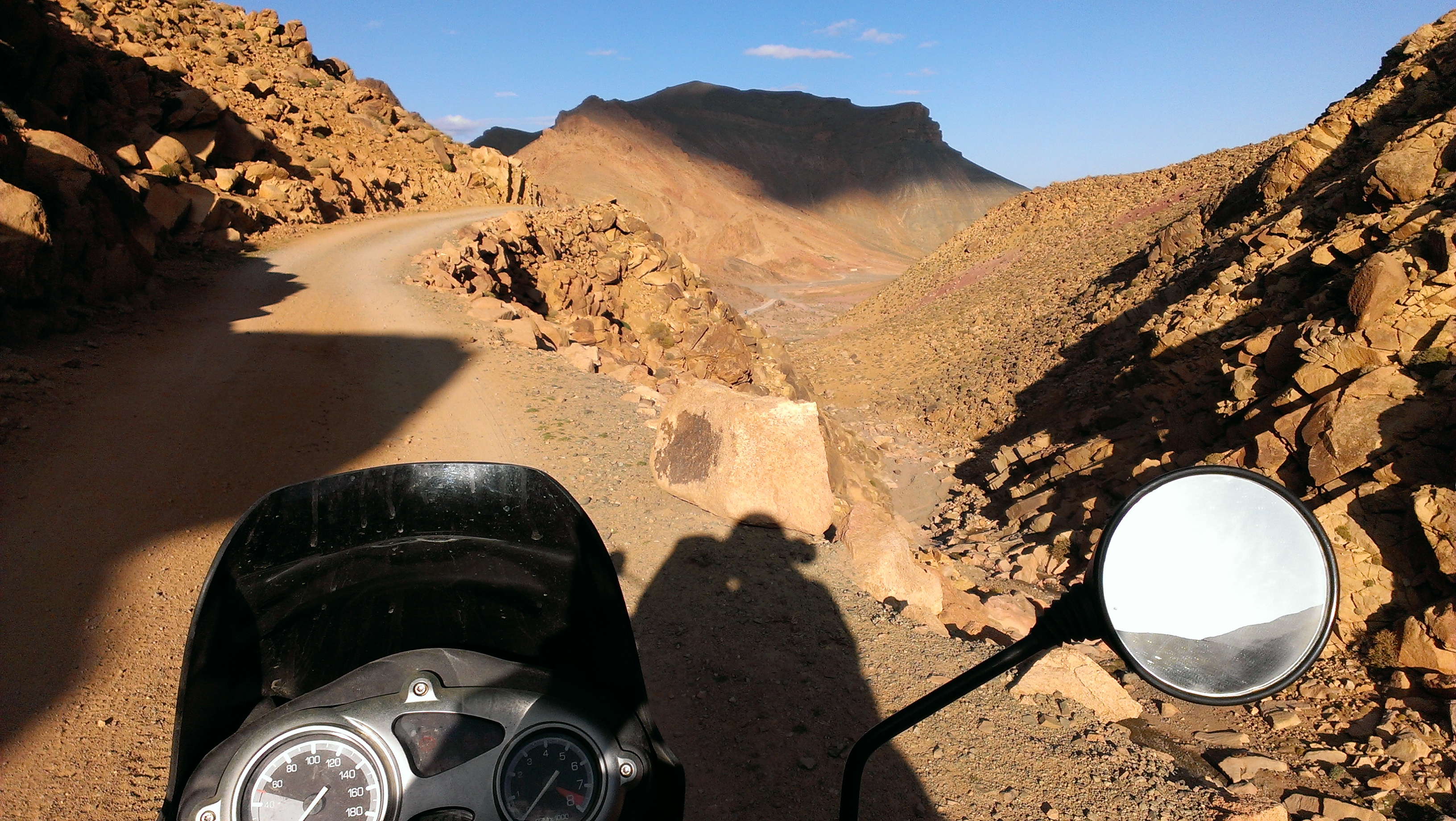 Crossing Atlas mountains from Dadesh to Imilchil.
